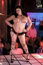 Big Girl Undress Club