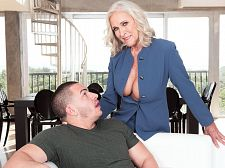 Busty 60Plus realtor Katia screws 23-year-old client