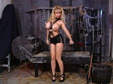 Heather Hooters: Damsel in Distress in the Dungeon