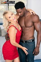 Sandy Pierce fucks a big, darksome cock